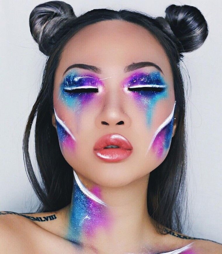 maquillage-de-halloween-creative-play-colours
