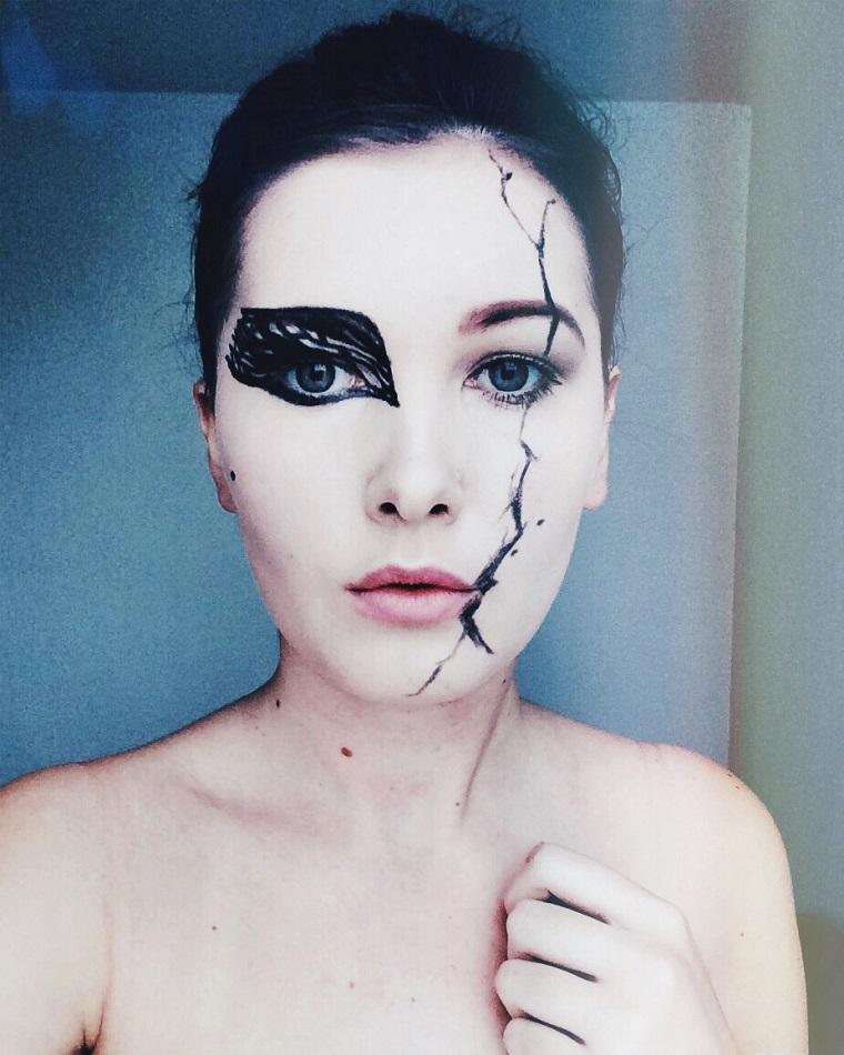 maquillage-de-halloween-swan