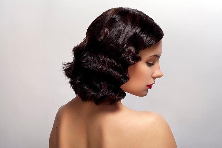 cheveux-noir-longueur-moyen-2019