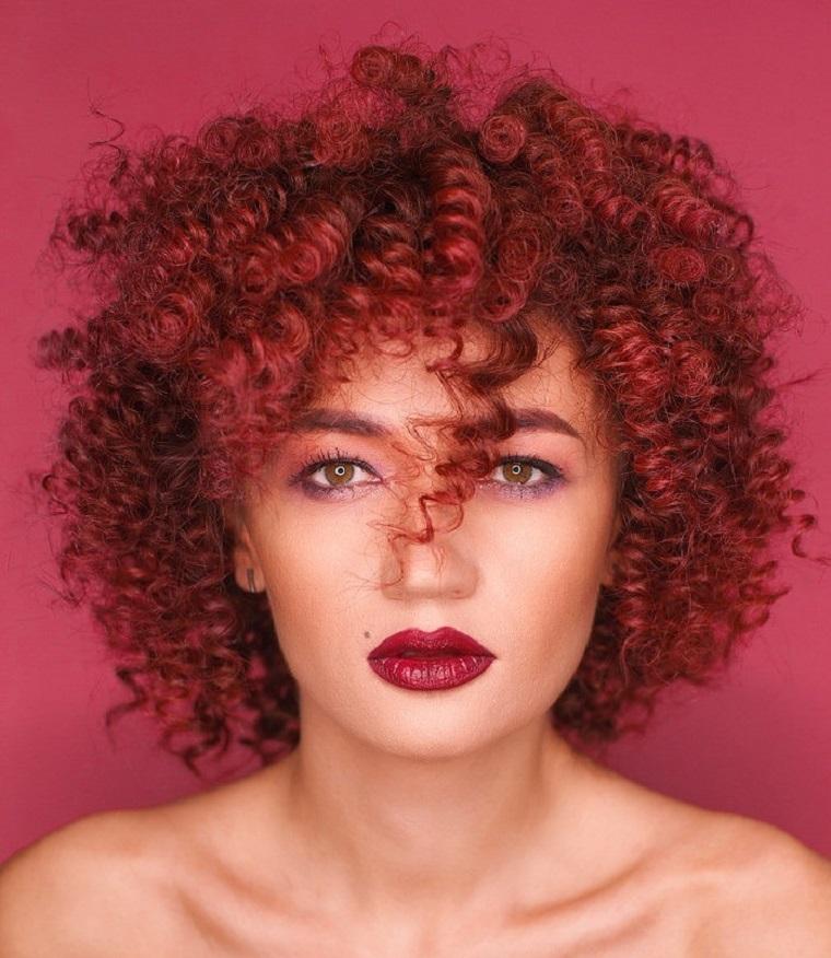 boucles-moderne-2019-cheveux-femmes