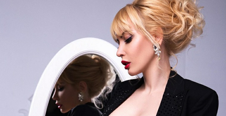 femme-cheveux-collectionne-style-idées