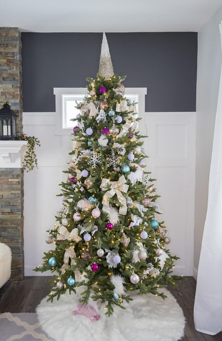 arbre de noel ornements-differentes-couleurs-noel-arbre