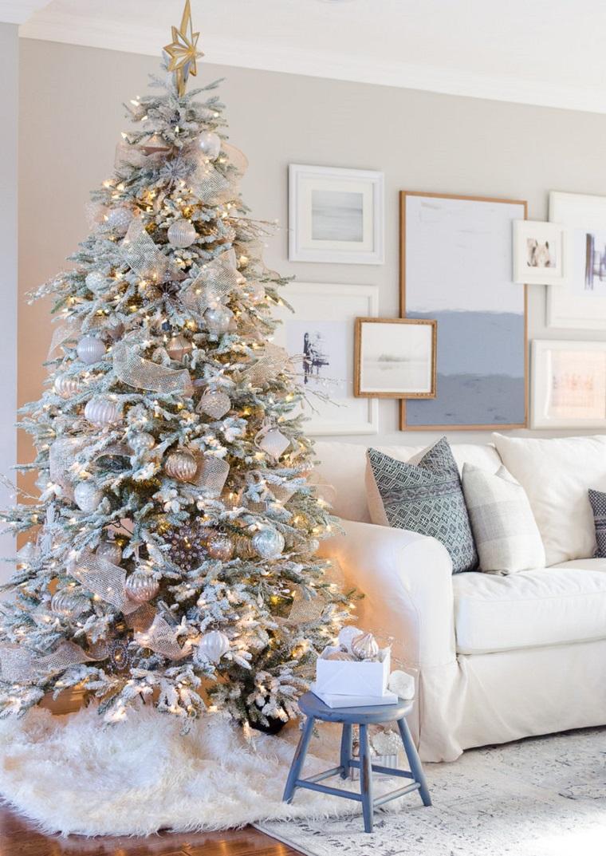 arbre-de-noel-conseils-decoration-couleurs-claires