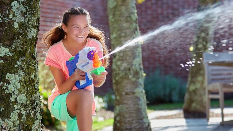 divertissement-pour-enfants-anniversaire-activités-eau-idées