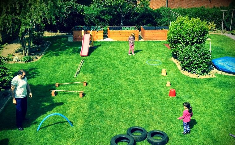 divertissement-pour-enfants-anniversaire-activités-carrière-obstacles