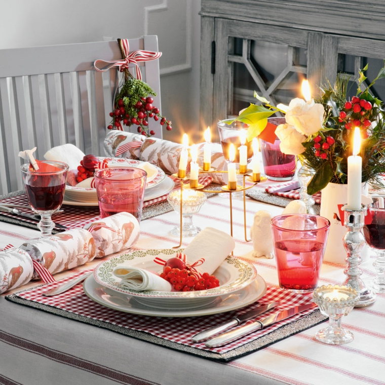 Arrangement de Noël pour des bougies de table