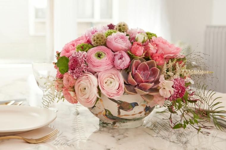 arrangements-floral-decorate-center-table