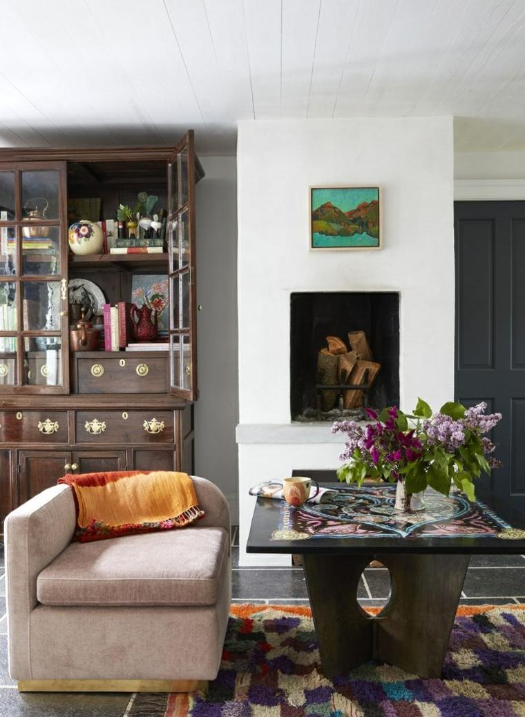zone-reste-table-décoré-fleurs