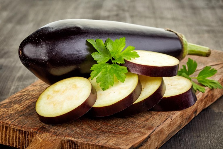 aubergines farcies au thon-recettes-ideesberenjenas-farcies au thon-recettes-idees