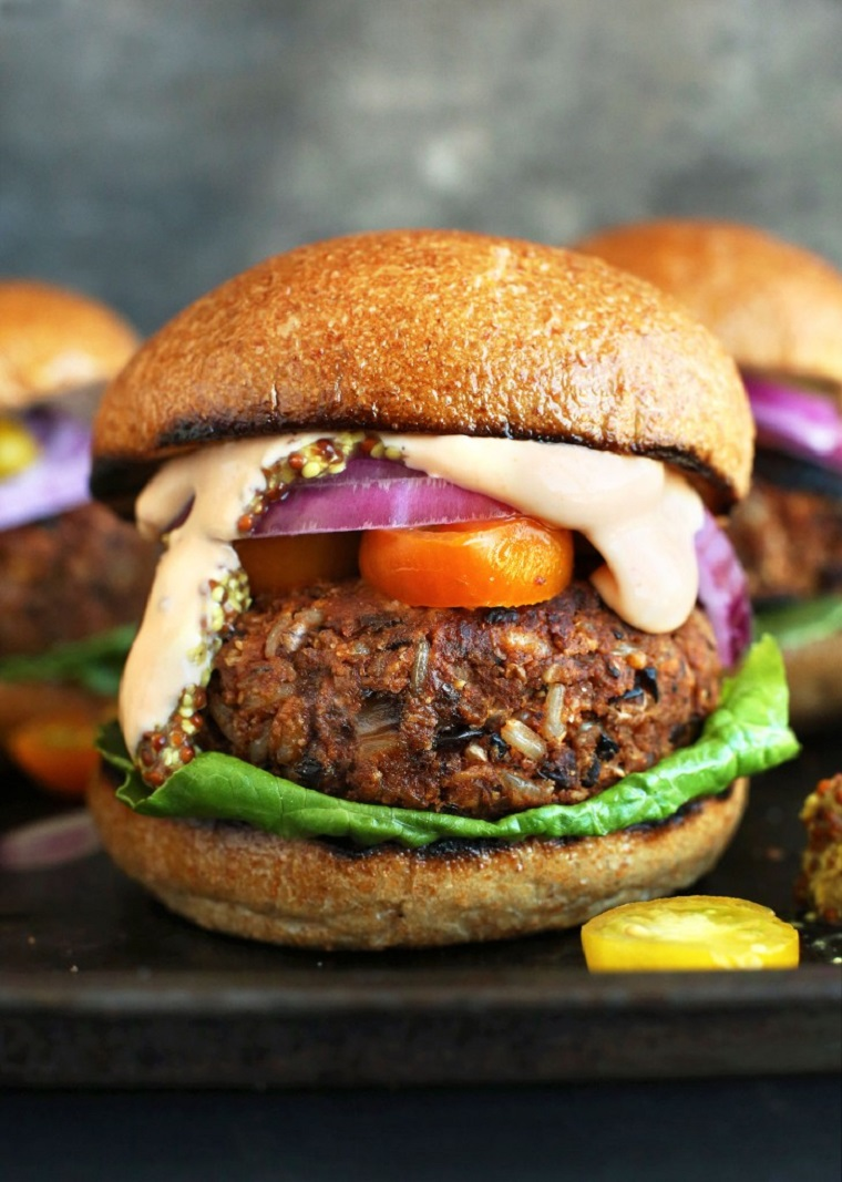 hamburgers-vegan-easy-grill
