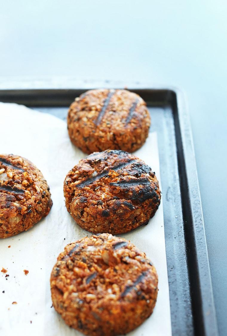 hamburgers-végétalien-facile-grill-recette-savoureux