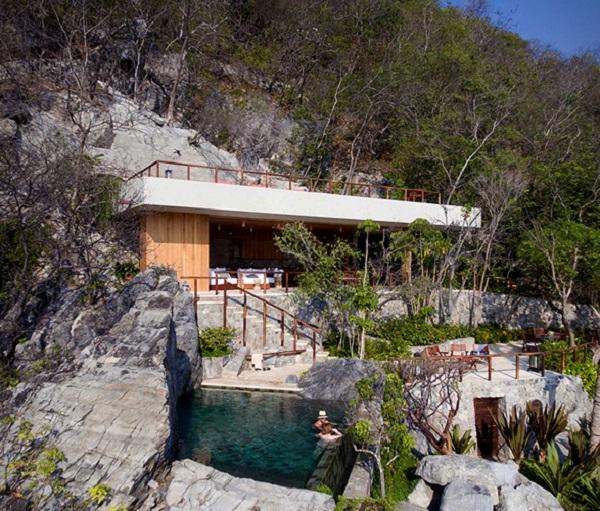 cabines en bois design roches