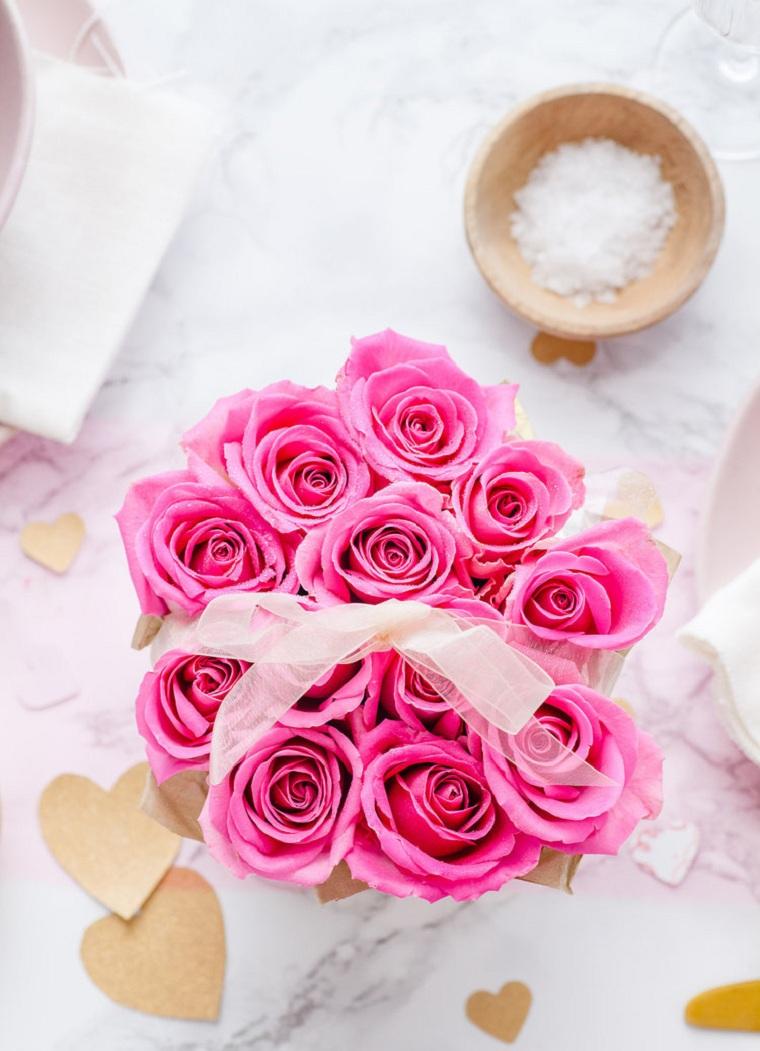 Boîtes de roses roses bricolage