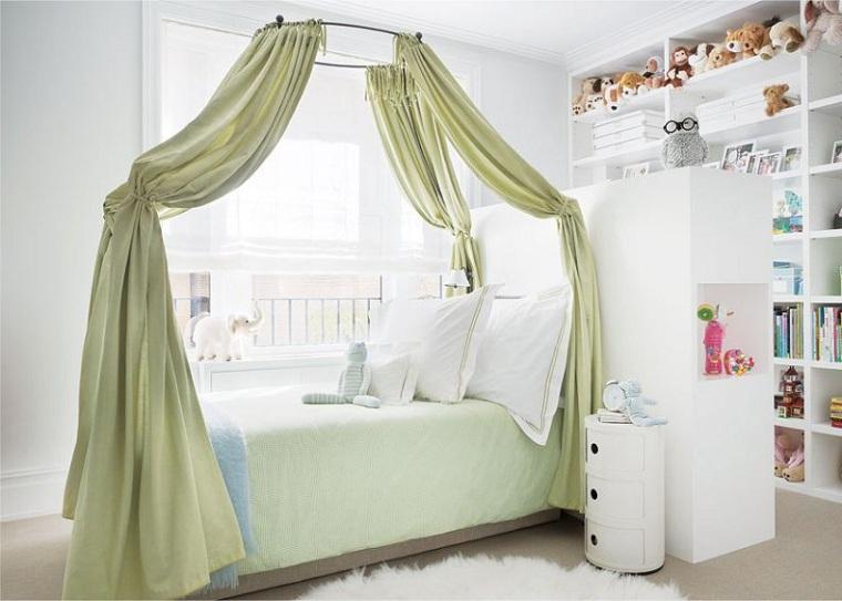 lit à baldaquin-chambre-enfants-blancs