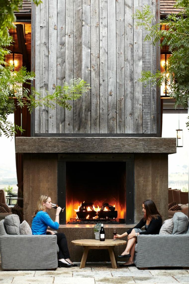 Les cheminées modernes peuvent avoir des formes très différentes
