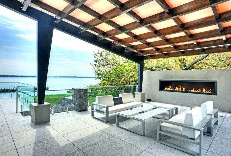 terrasse avec cheminée
