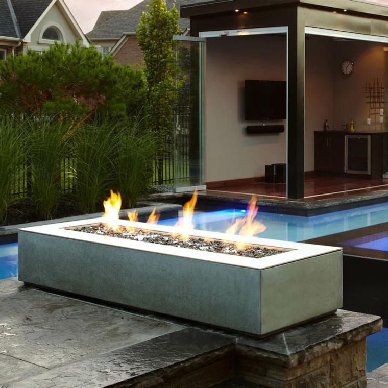 patios avec cheminées et barbecues pour l'extérieur