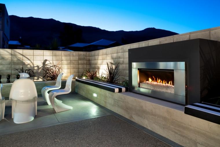 patio avec cheminée moderne