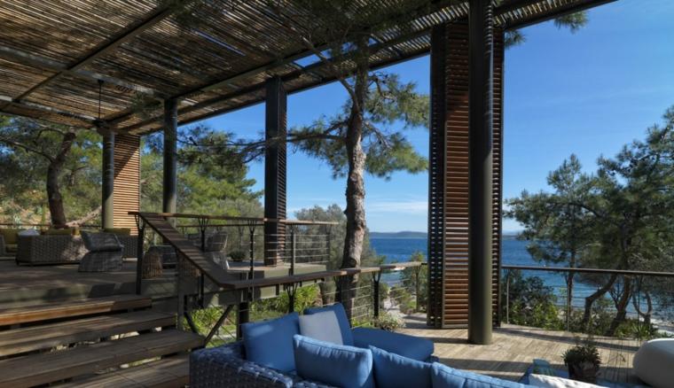 Les terrasses couvertes vous permettent de profiter dune vue imprenable