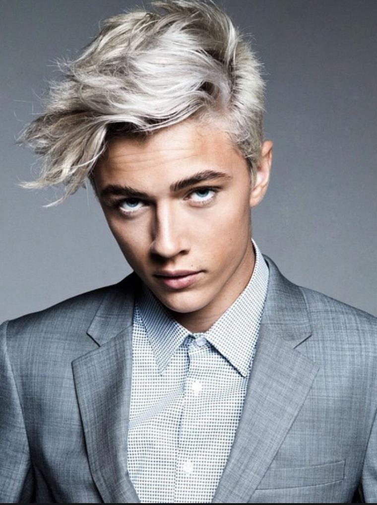 coiffures-homme-cheveux-couleur-blonde-frange-longue