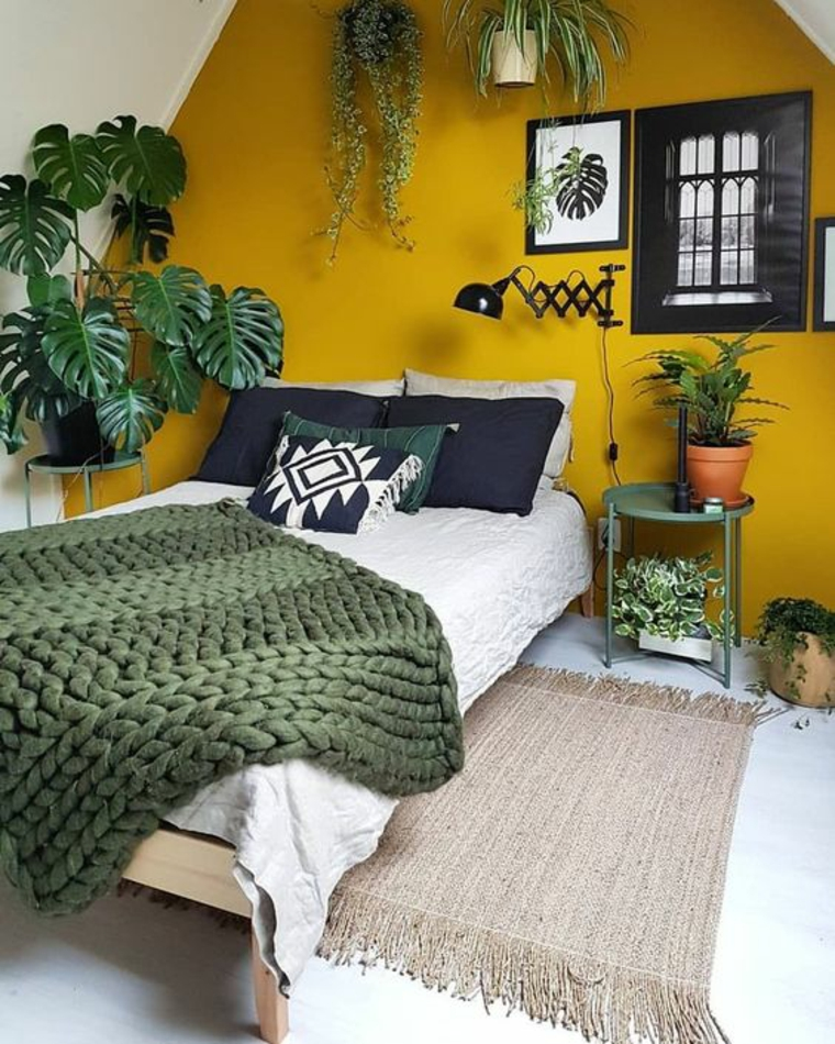 mur-couleur-moutarde