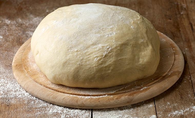 pâte à pizza avec levure