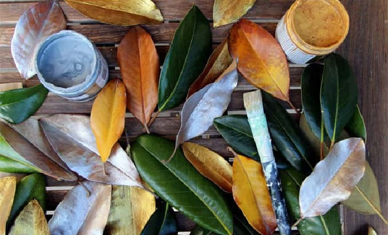 couronne-noël-bricolage-feuilles-magnolia-peint