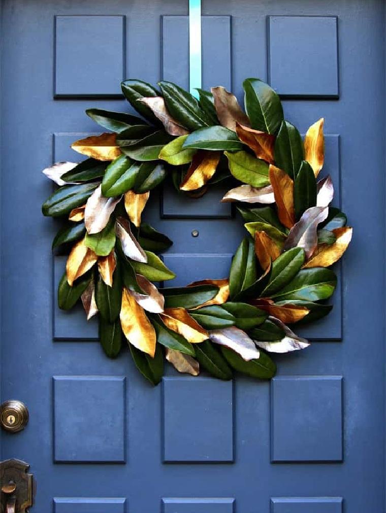 couronne-noël-feuilles-magnolia-porte-peinte