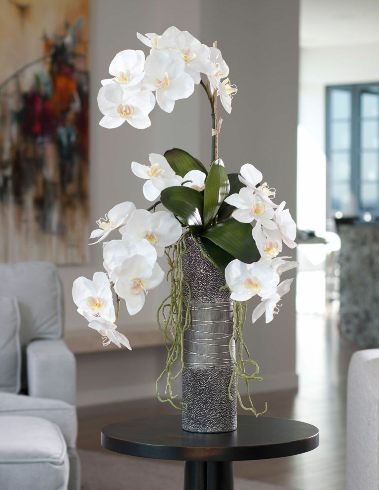 comment-soigner-une-fleur-d'orchidée-blanche