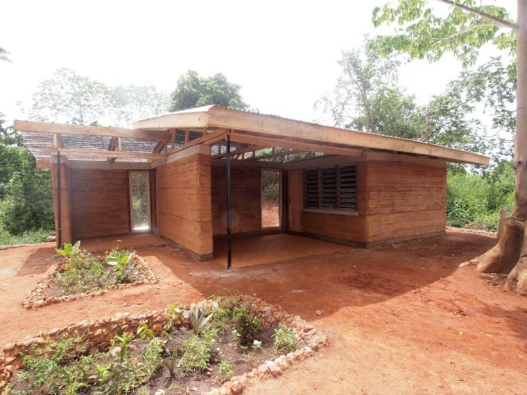 maison-rurale-de-tierra-comprimidada