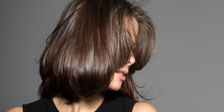 couleurs-de-cheveux-de-mode-2018-idees-castano-naturel
