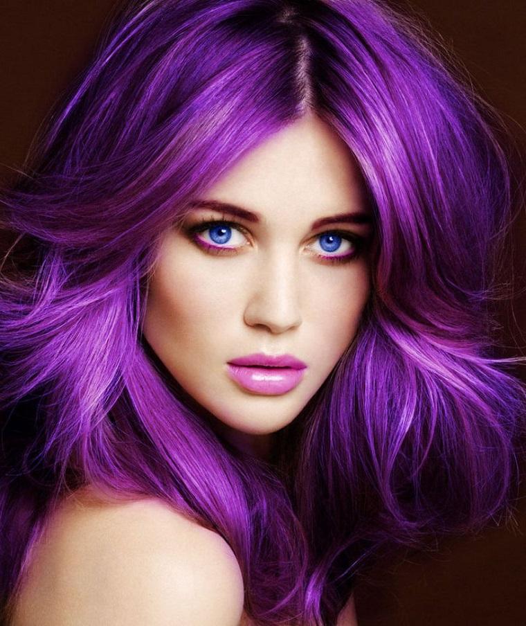couleurs-de-cheveux-de-la-mode-2018-idees-violet-beau-brillant