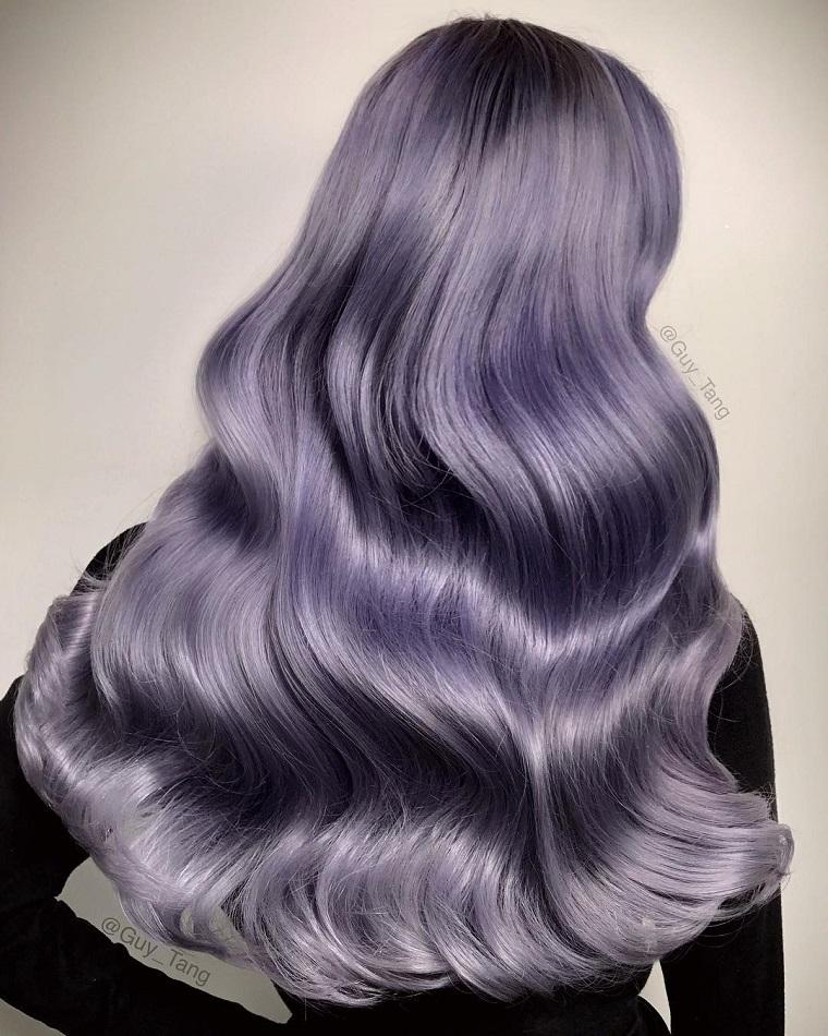 couleurs-de-cheveux-de-la-mode-2018-idees-violet-clair