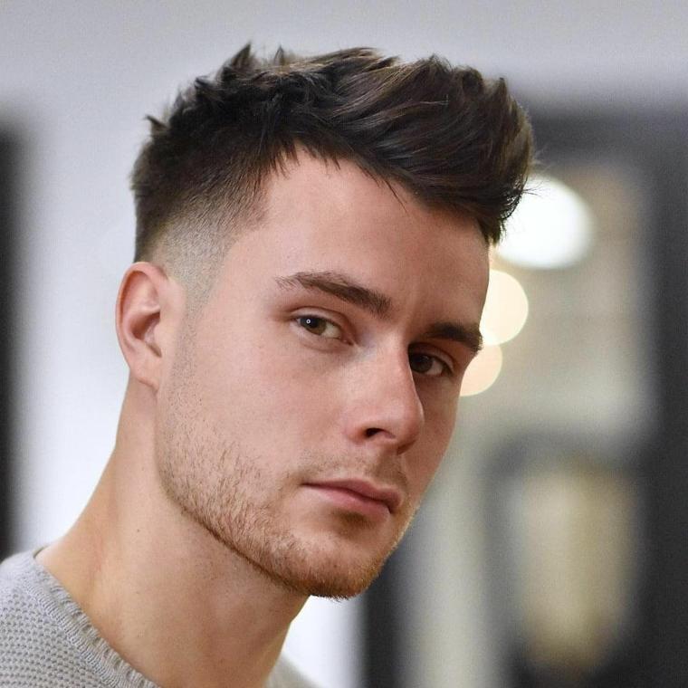 coupes de cheveux-homme-2019-courts-côtés