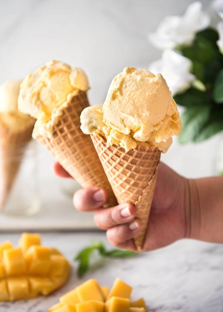 glaces artisanales-idées-recettes-banane-mangue-riches-savoureuses