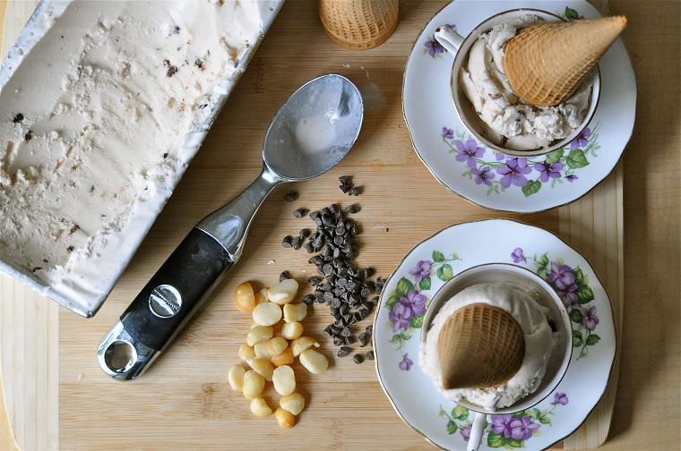crème glacée-maison-idées-recettes-vanille-noix-saveur