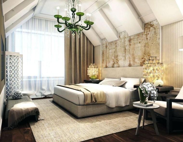chambre dans le grenier avec un design classique