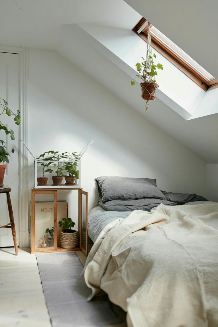 chambre petite et étroite