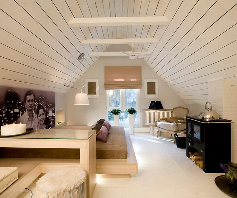 décoration de la chambre avec des murs en bois