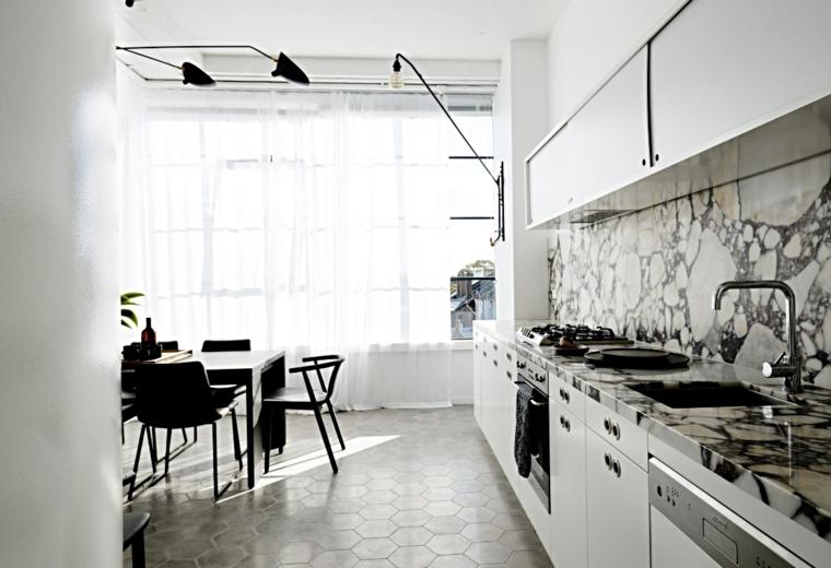 cuisine-design-lineaire-tableau de bord-marbre