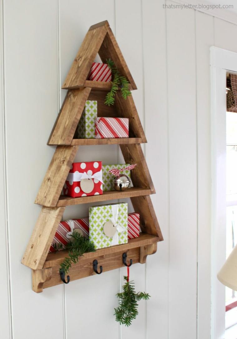 Étagères en bois en forme de sapin de Noël
