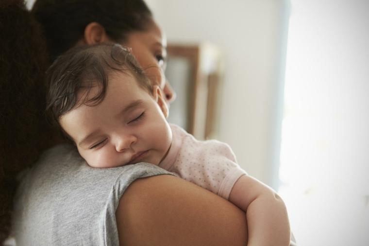 bébé-endormi-mère-conseil