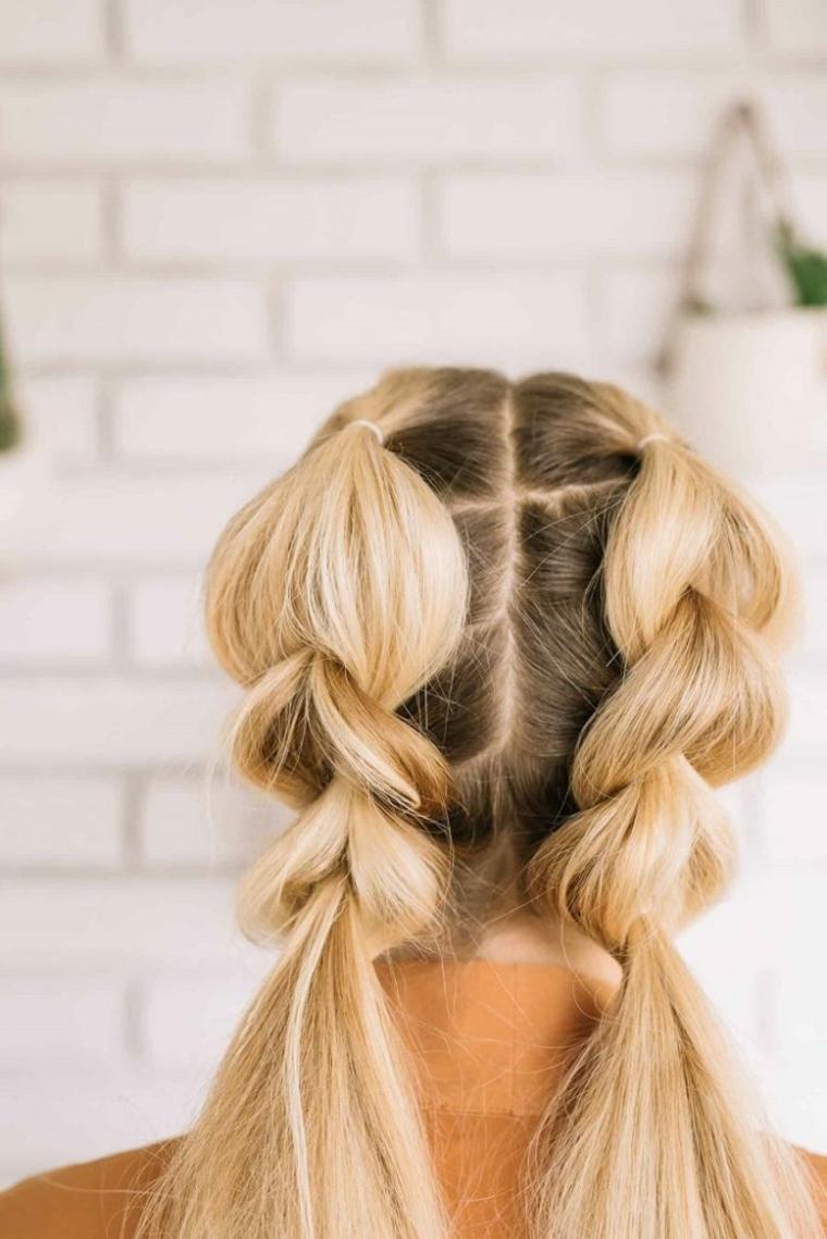 coiffures avec des tresses-femmes