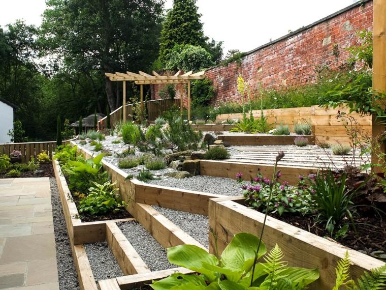 idées pour les jardins inclinés
