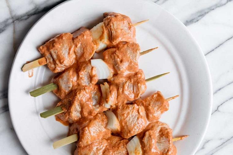 viande-poulet-brochettes-recette-options