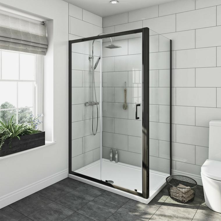 cabine de douche moderne avec porte en verre