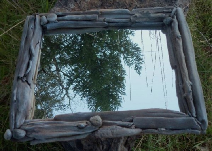 miroir-carré-couleurs naturelles