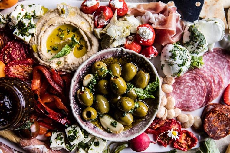 apéritifs-pour-noël-plat-grec-options