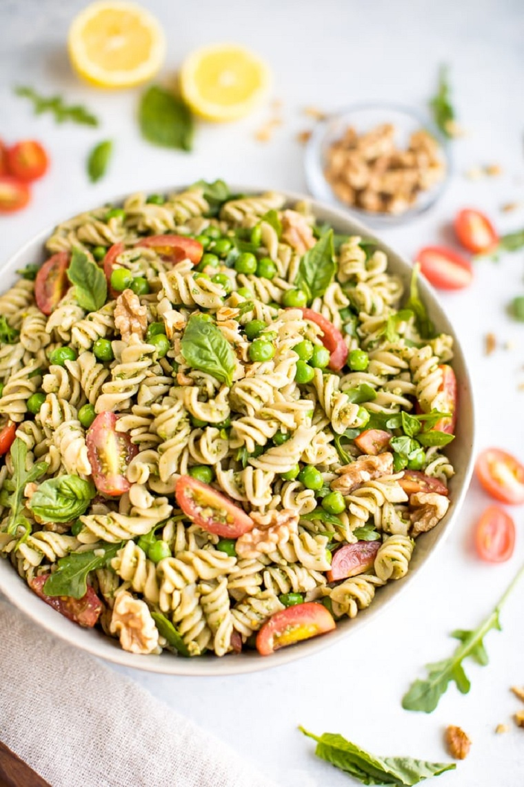 nourriture-vegan-idées-faciles-salade-pâtes-pesto-rica