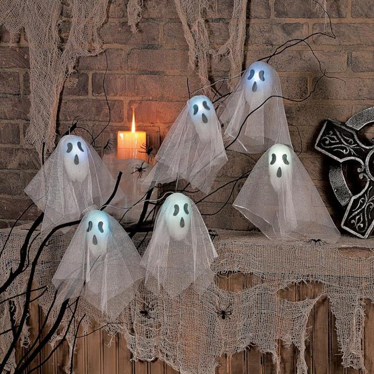 fantôme-de-halloween-de-gaze